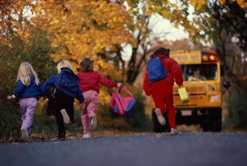 school-bus-+-kids